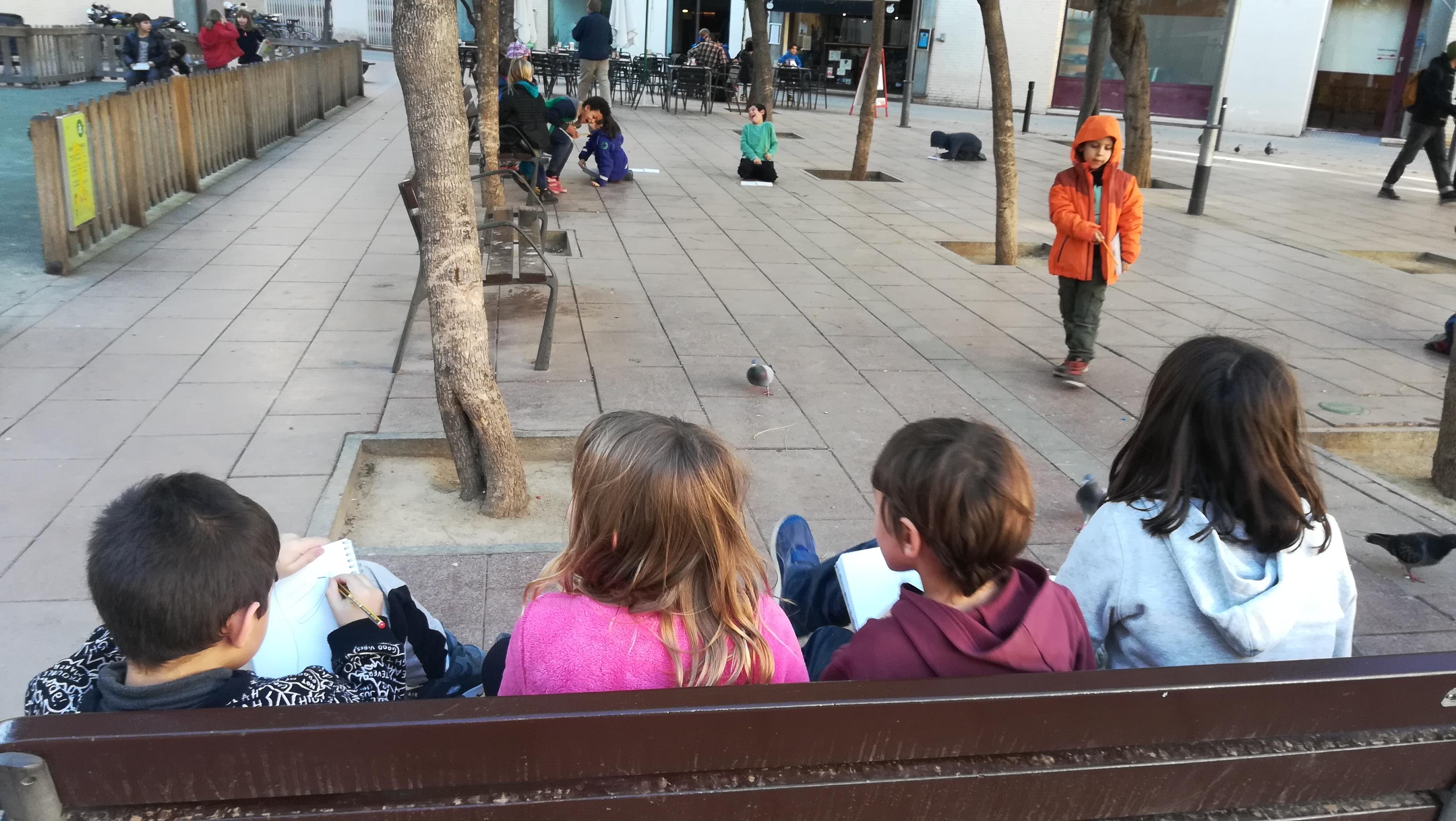 El mitjans dibuixem la Plaça John Lennon